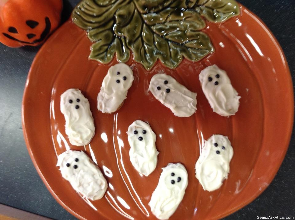 Picture Of Spooky Ghost Cookies