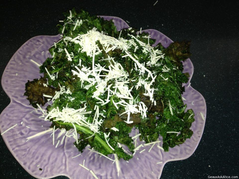 Parmesan Baked Kale Chips