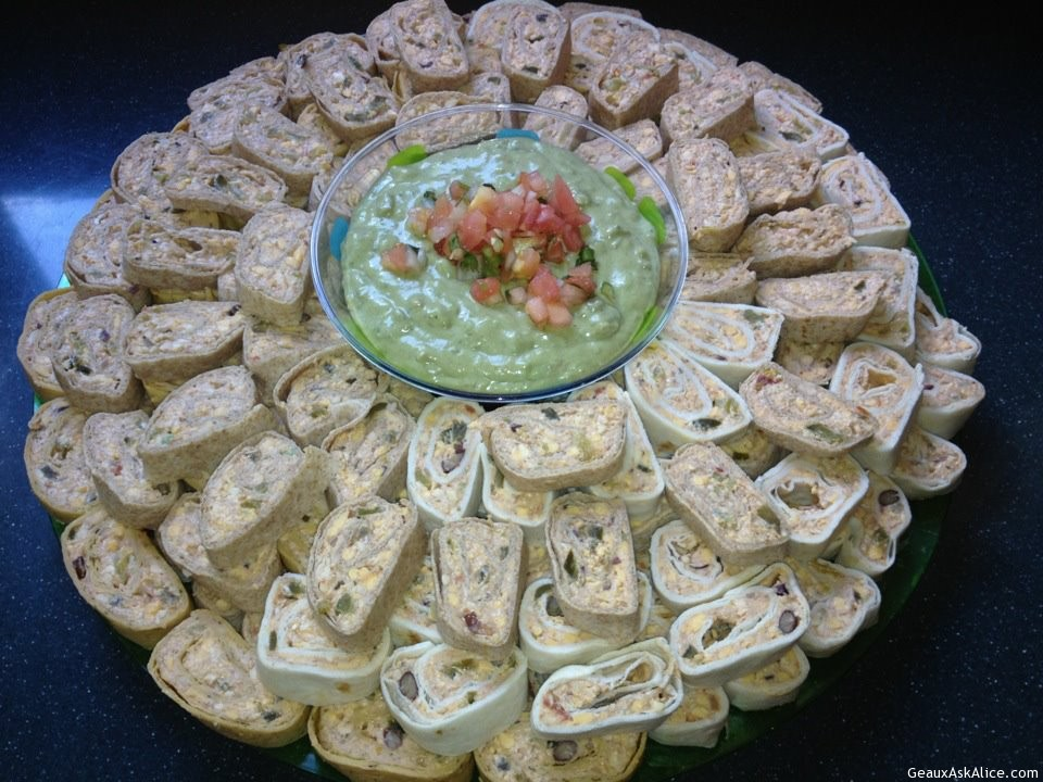 Roll-Ups With Avocado Salsa And Tortillas