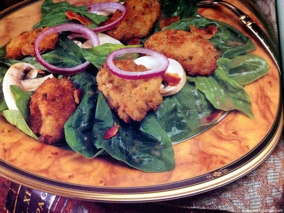 Crispy Oyster Spinach Salad With Red Wine Vinaigrette