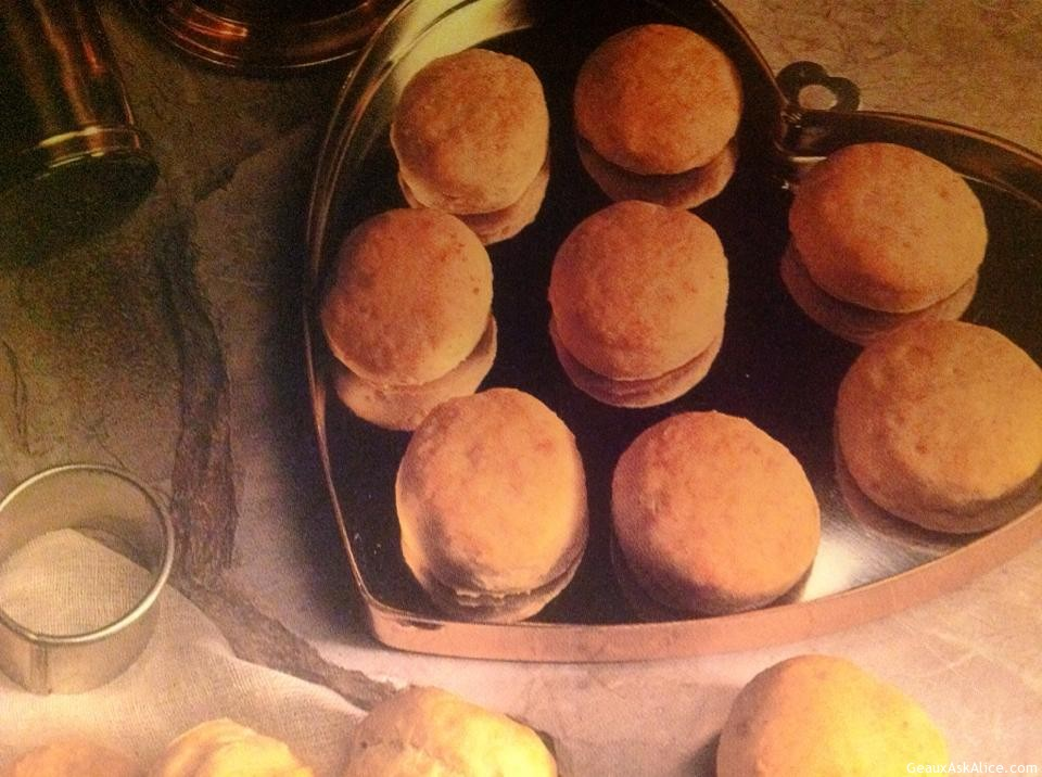Peppery Cheese Biscuits