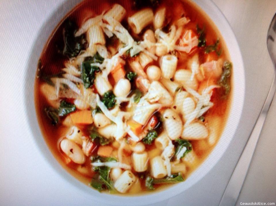Kale, Pasta, White Bean Soup