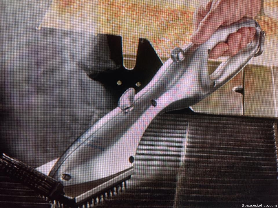 Stainless Steel Steam Cleaning Brush!