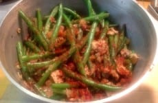 Fresh Green Beans with Bacon and Mushrooms