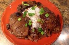 Pot-Roasted Boneless Quail with Mushroom Gravy