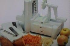 Tri-Blade Plastic Spiral Vegetable Slicer