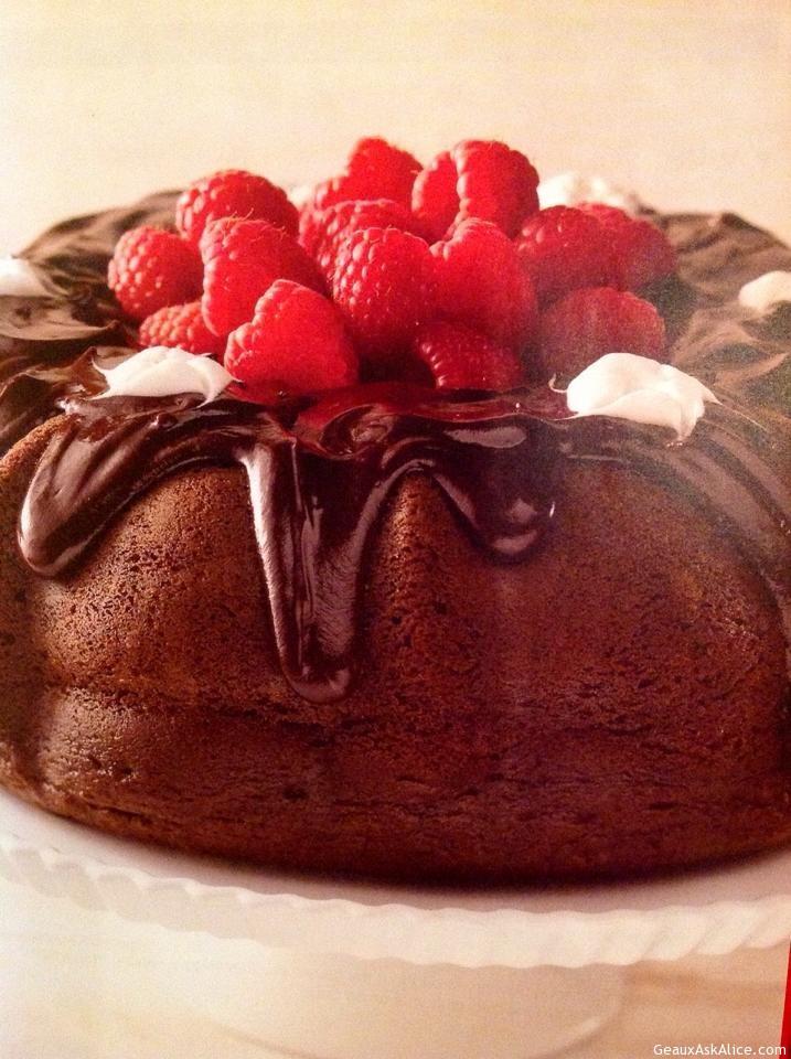 TRIPLE CHOCOLATE DELIGHT CAKE