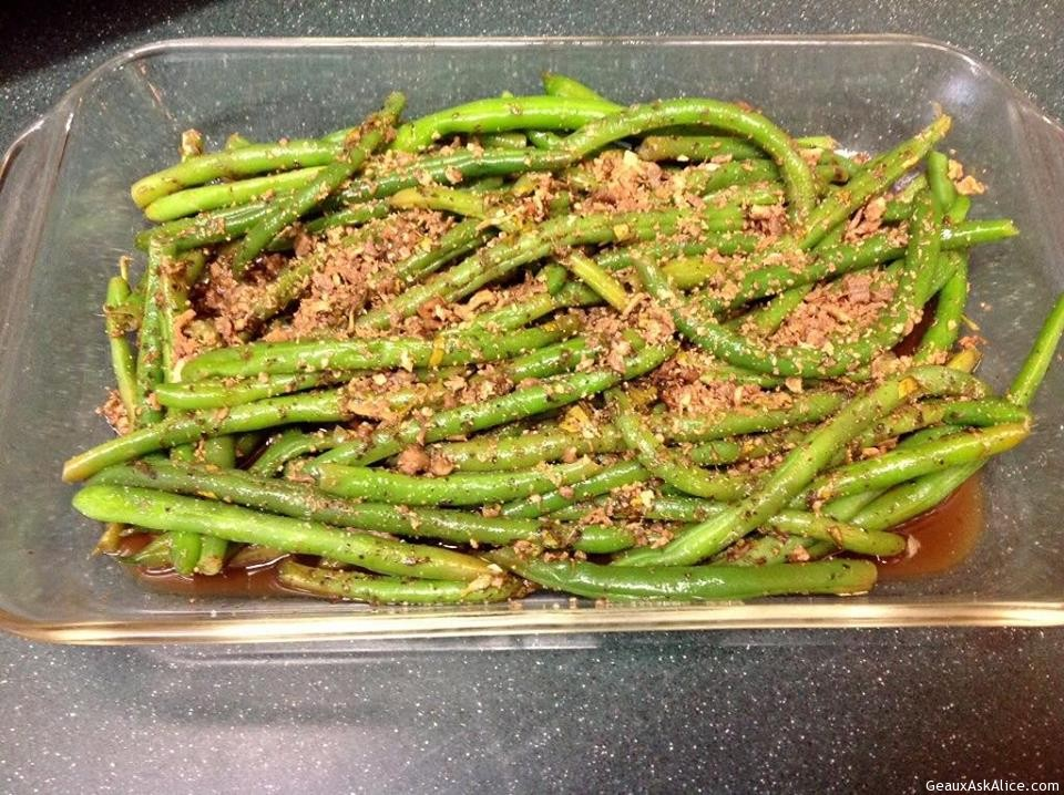Zesty Bacon-Topped Green Beans