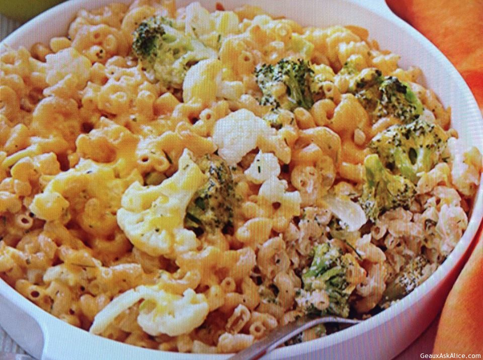 Mac & Cheese With Broccoli And Cauliflower