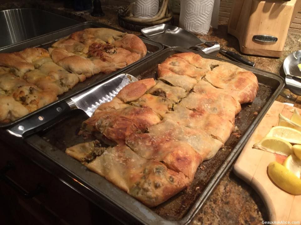 Alice 's Sausage Bread—Showing All The Steps! My Favorite As Well As My Family !