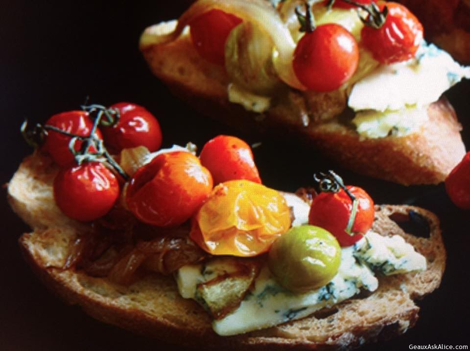 Crostini With Sweet Cherry Tomatoes And Stilton