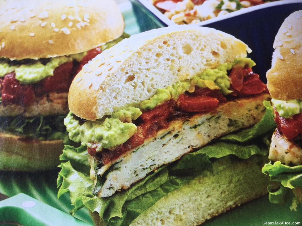 Flavorful Turkey Burgers With Spicy Relish
