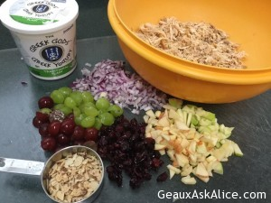 greek-yogurt-chunky-chicken-salad