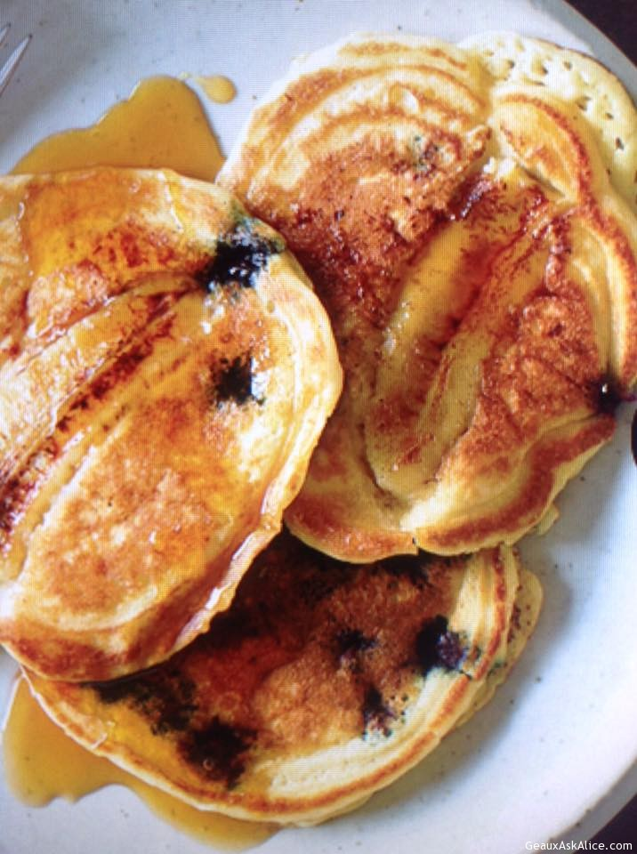 Berry-Banana Pancakes
