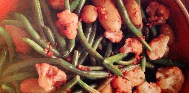 Garlicky Potatoes, Green Beans and Cauliflower
