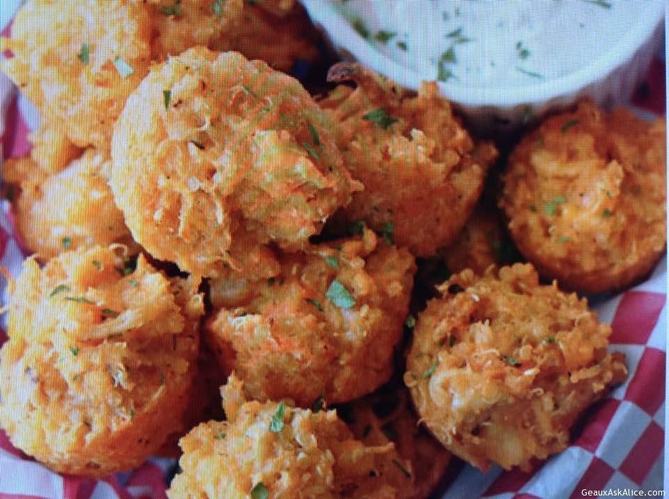 Cheesy Quinoa Chicken Appetizer Balls