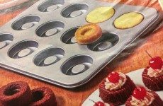 Today's Gadget is the David Tutera Dessert Bowls-Baking Pans!
