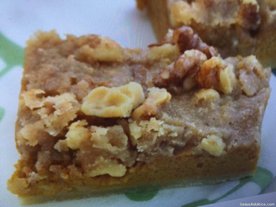 Nutty Pumpkin Praline Bars