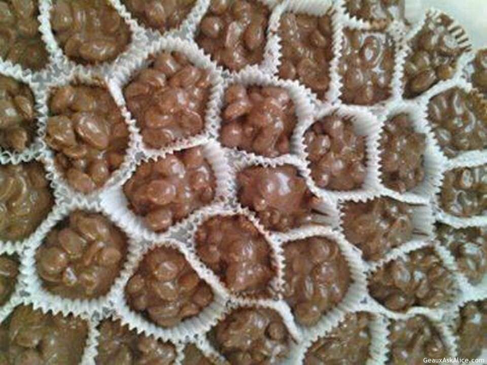 Yummy Crock Pot Chocolate Clusters