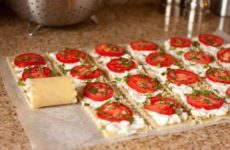 Caprese-Style Lasagna Roll-Ups