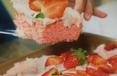 Fresh Strawberry Sheet Cake