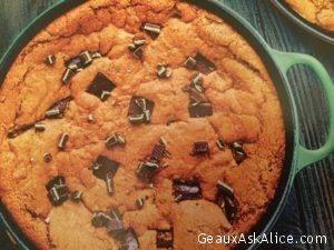 Grasshopper Deep Dish Cookie in a Skillet