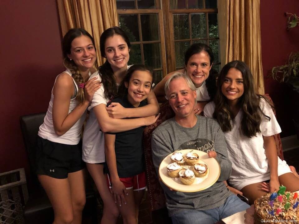 Craig Surrounded By His Lovely Wife And Daughters!