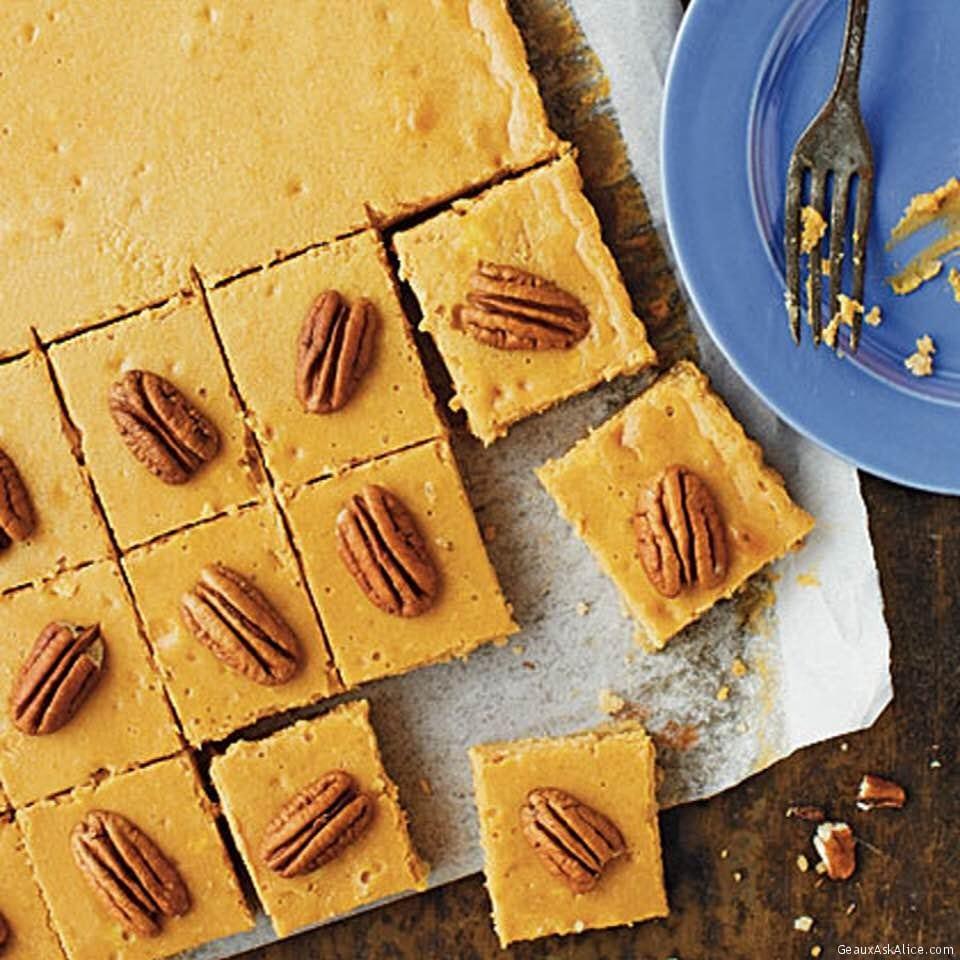 Flavorful Pecan-Pumpkin Cheesecake Bars