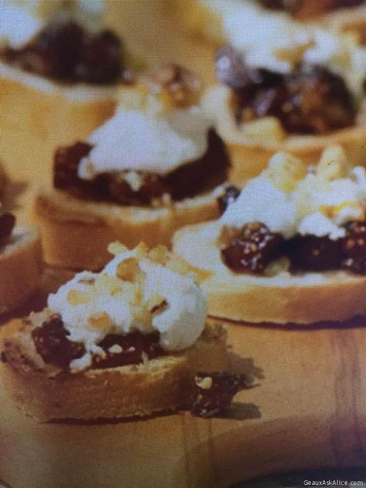 Creamy Goat Cheese And Fig Bruschetta