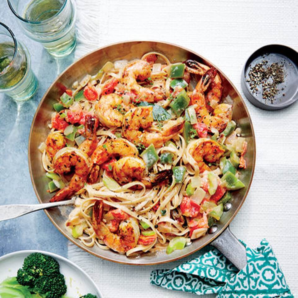 Easy Cajun Shrimp Linguine