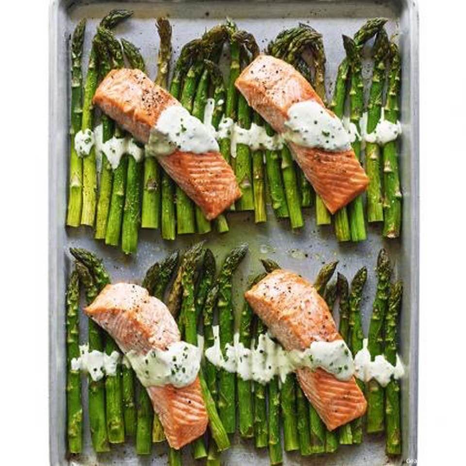 Flavorful Broiled Salmon And Asparagus Sheet Dinner