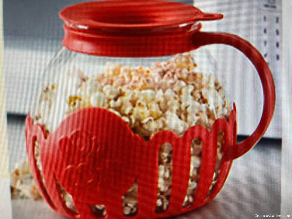 Today's Gadget Is The Ecolution Micro-Pop Microwave Popcorn Popper! Man That Is A Mouthful!