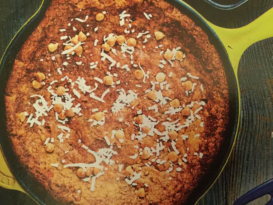 Hummingbird Deep Dish Cookie In A Skillet