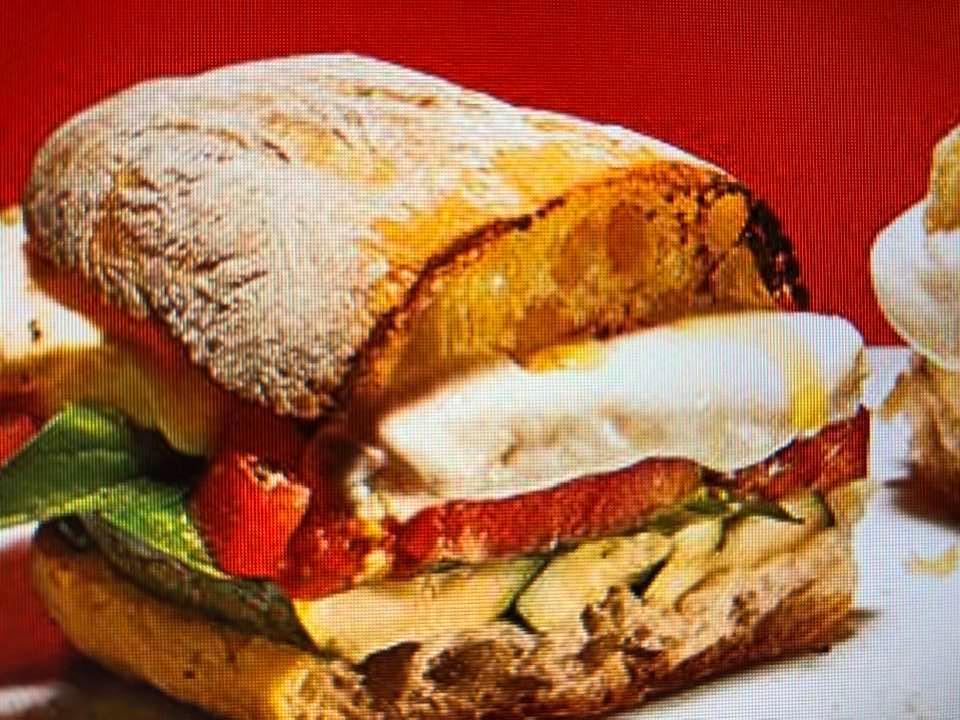 Crowd-Pleasing Grilled Zucchini Caprese Sandwich