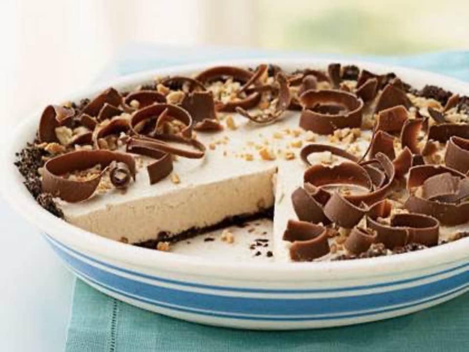 Refreshing Frozen Peanut Butter Pie