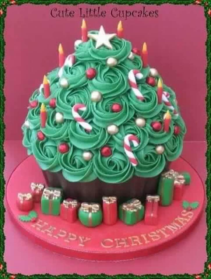 Christmas Tree Cake..