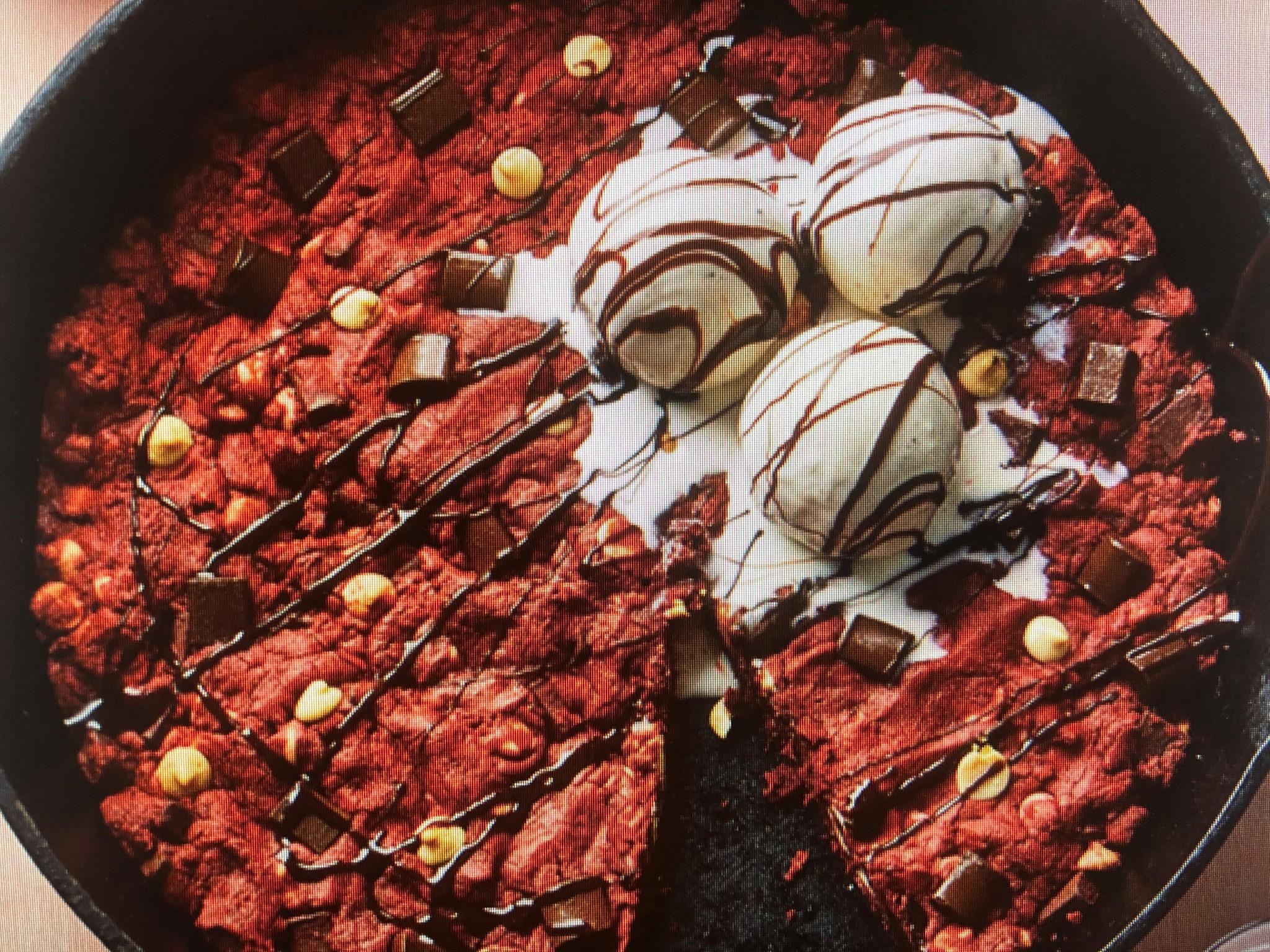 Novelty Red Velvet Skillet Cake