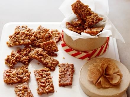 Chewy Graham Cracker Toffee