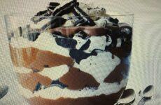 Decadent Chocolate-Cookie Crunch Trifle